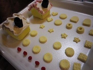 お菓子の家・メモスタンド!!.jpg