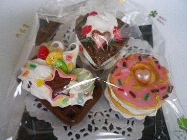 チョコハート&苺ドーナツマグネット.jpg